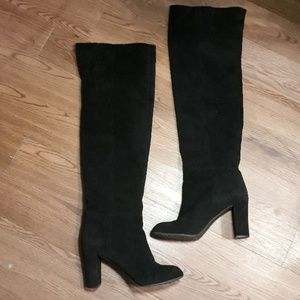 Snowfallo Black suede over the knee heeled boots